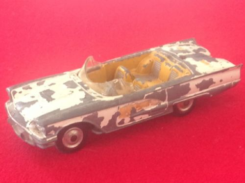 ORIGINAL CORGI TOYS 430 FOR RESTORATION ARMY - FORD THUNDERBIRD BURMUDA TAXI